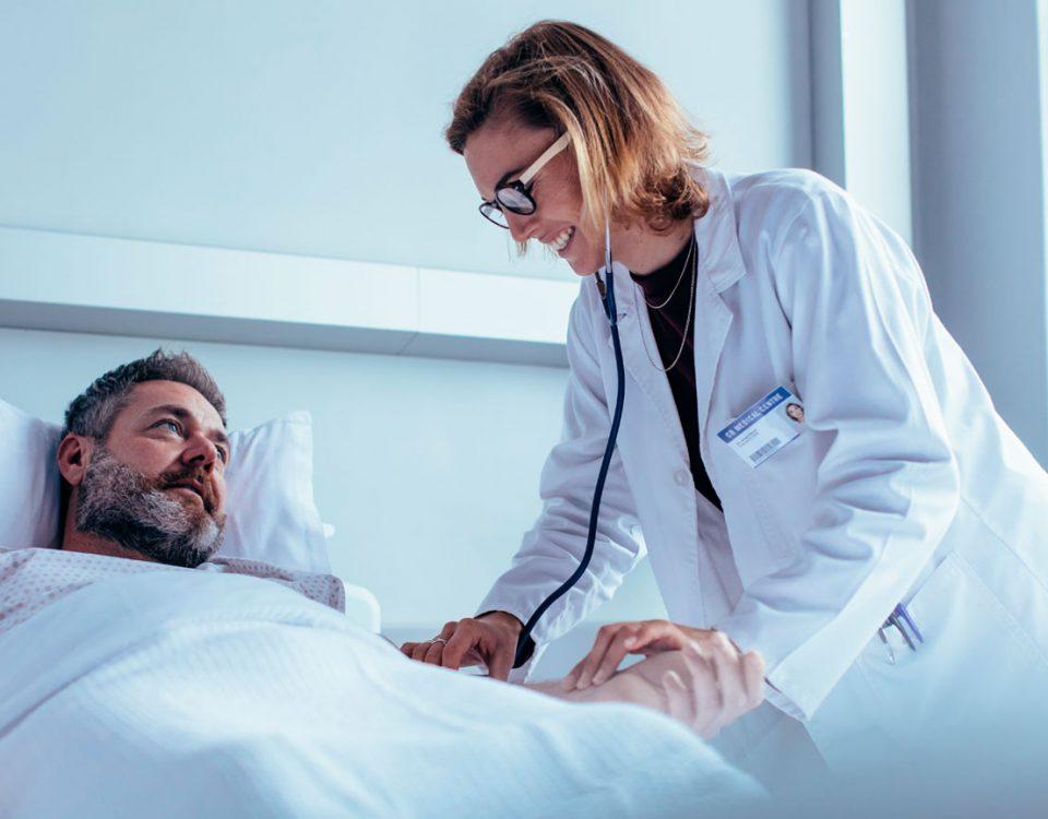 6 tips para cuidar a un paciente que ha sufrido un derrame cerebral