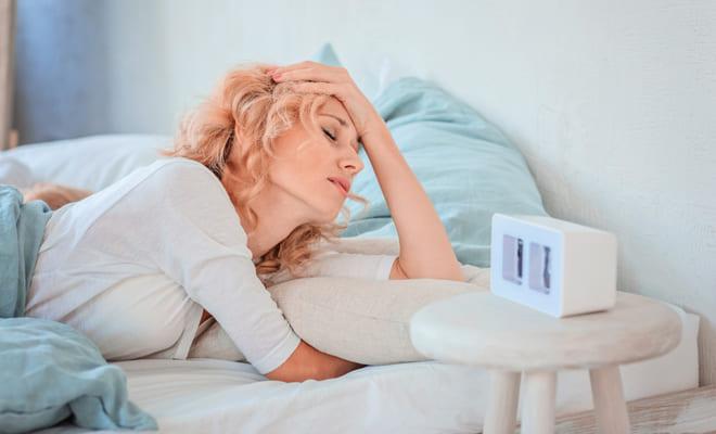 ¿Cómo se relaciona la falta de sueño con los problemas cardíacos?