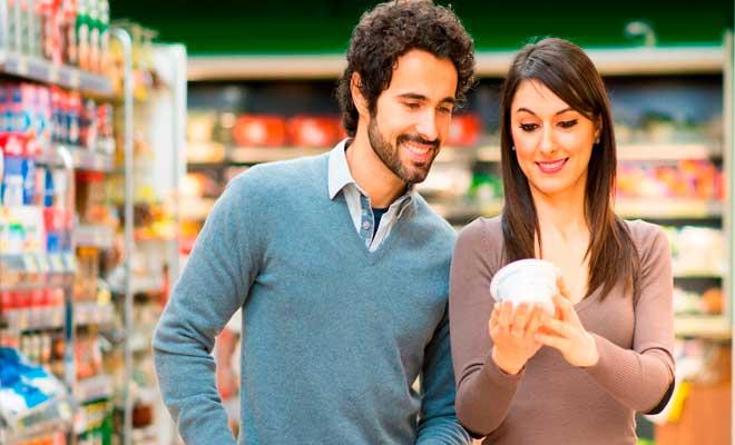 Leer las etiquetas de los alimentos es bueno para cuidar tu peso y tu salud