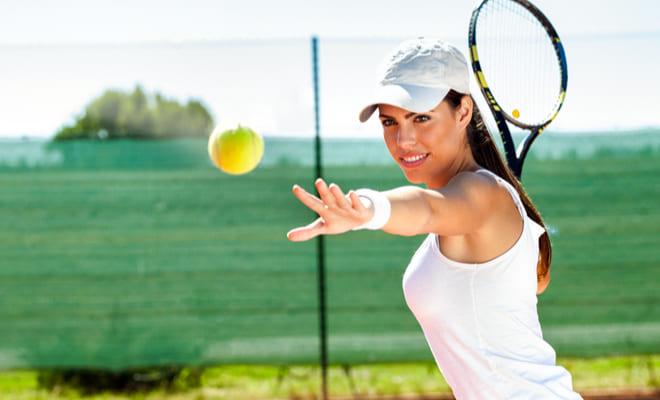 Practicar tenis le ayuda a tú corazón