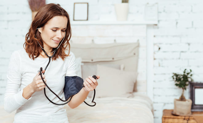 Controla la hipertensión a través de un tratamiento no farmacológico