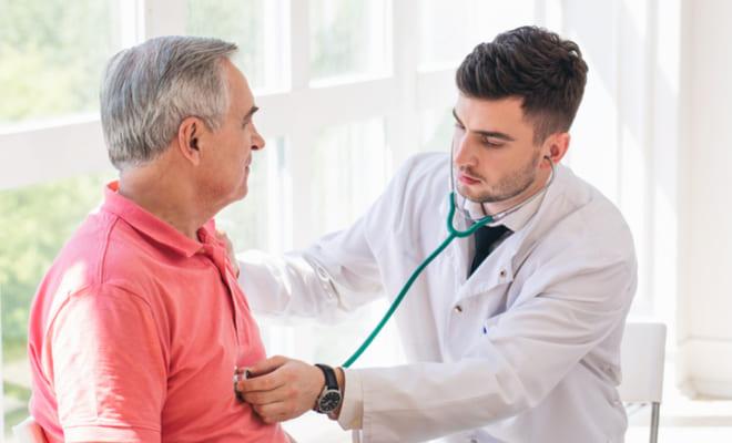¿Cuándo asistir al cardiólogo? Estos síntomas te alertan