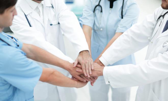 Cardiólogos y ginecólogos luchan contra las enfermedades cardíacas en las mujeres