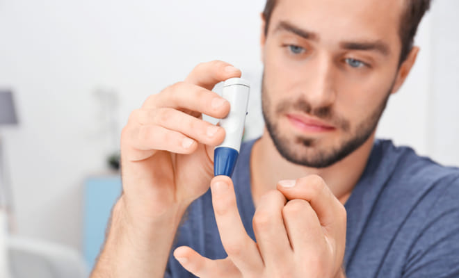 Pacientes diabéticos controlan su glucemia en exceso