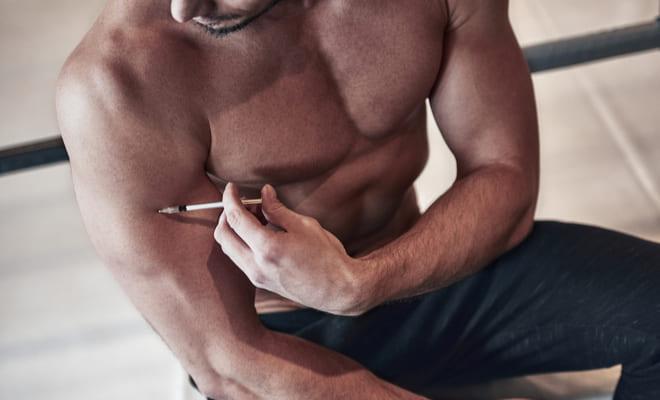Alerta por autoadministración de insulina para aumentar masa muscular en jóvenes